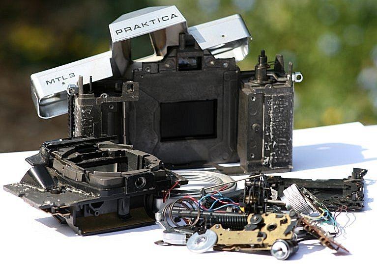 Praktica mtl mm slr camera body working shutter timer