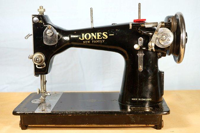 "Jones ""New Family"" Jon1_2"